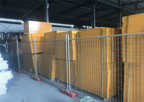 Hot Dipped Galvanized welded wire fence Australia Temporary construction Fence