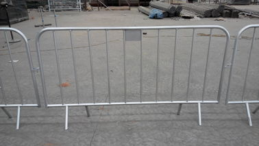 Good Quality Chain Wire Fence & customized metal crowd control barrier, portable barricades, pedestrian barriers,china manufacturers on sale