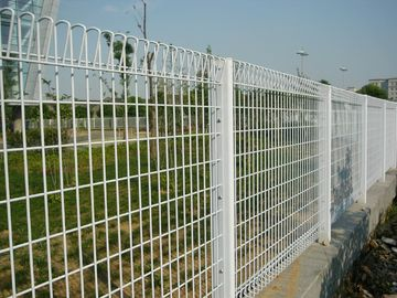 BRC Mesh Fence Panels, Roll Top Available in Hot Dipped Galvanized Powder Coated etc, Top and Bottom Triangle Mesh Fence