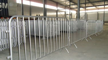 Good Quality Chain Wire Fence & Crowd control fence/pedestrian barriers/concert crowd control barrier ( Manufacture Since 1989) on sale