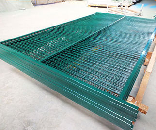 China Canada Temporary Fencing Made In China ,high Quality Q235 Steel factory