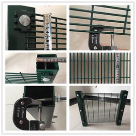 China Anti Cut 358 Mesh Fence factory