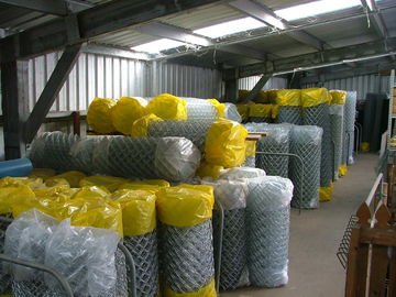 China chain link fence for sale,galvanized chain link fence, wholesale used chain link fence factory