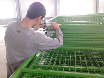 Good Quality Chain Wire Fence & hot sale customization Canada PVC coated temporary fence china on sale
