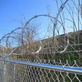Good Quality Wire Mesh Fence & Galvanized Chain Link Fence on sale