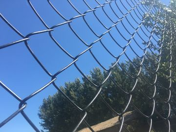 Good Quality Chain Wire Fence & commercial /residential hurricane fence/chain link fabric on sale