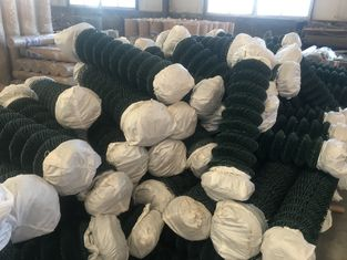 Good Quality Wire Mesh Fence & green wire mesh/hurricane fence PVC PE coated Chain Wire Hurricane Fence on sale
