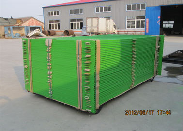 "Construction Fence Panels 6'/1830mm*10'/3048mm width powder coated green mesh 3""x6""/75mm x 100mm"