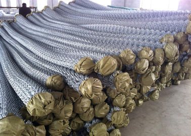 China Electro galvanized chain link fence/pvc coated chain link wire mesh factory