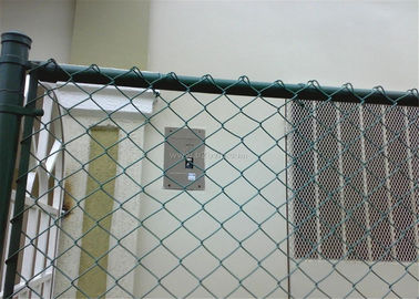 China chain link fence wire mesh(sports fence) factory