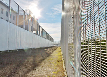 China Center distance 76.20mm x12.70mm 358 prison security welded wire mesh fence factory