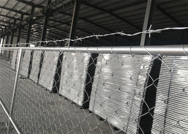 "China 8'x12' chain link fence panels for semi contruction site mesh 3"" x 3"" x 12gauge ASTM392 hang with barb wire factory"