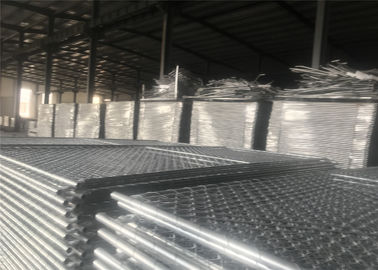 "China Chain Wire Temporary Fencing Mesh 2"" x 2"" 6ft x 10ft with a 1 3/8"" pipes 16GA temporary mesh fence for sale factory"