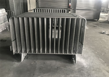 China Hot Dipped Galvanized Crowd Control Barriers 1090mm x 2500mm 14 microns hdg pre-galvanized cold zinc painted at welds factory