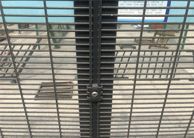 China Anti crawling 358 Security Wire Mesh Fence factory