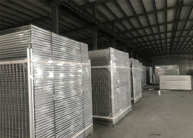 China 50mm*200mm mesh apertureTemporary Fencing Panels 42 microns hdg plus cold zinc painted at welds AS4687-2007 Standard factory