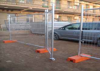 China Hot Dipped Galvanized Temporary Fence 2.1m*3.3m construction fence panels factory