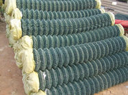 china supplier barbed wire chain link fence, stainless steel chain link fence supplier