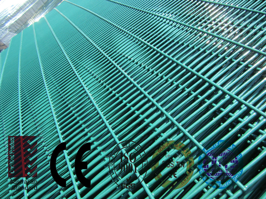 358 High Security Weld Wire Fence ,Powder Painted Mesh Fence Panels ...