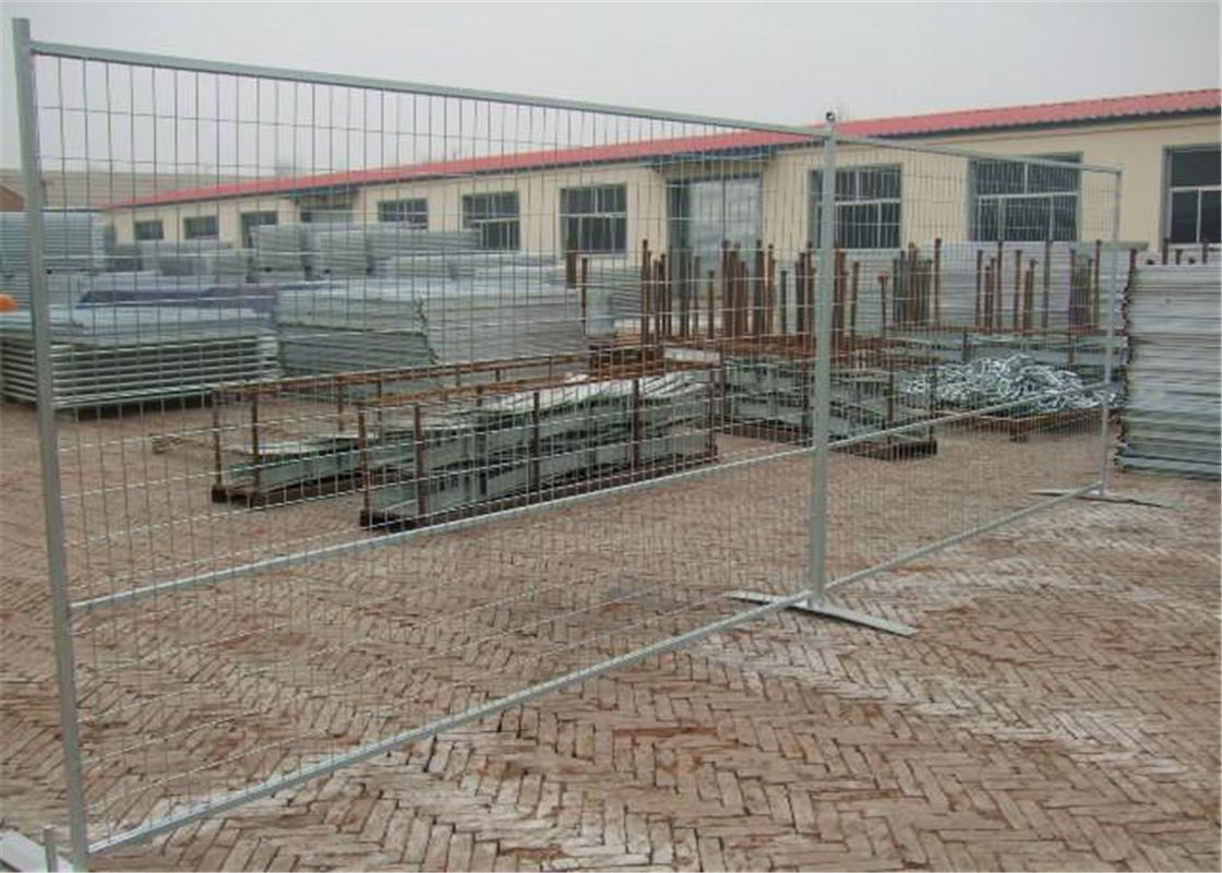"Canada Temporary Fencing Height6'/1830mm*Width12'/3650mm Powder Coated Pre-galvanized mesh spacing ,4""x12""/100x300*8ga supplier"
