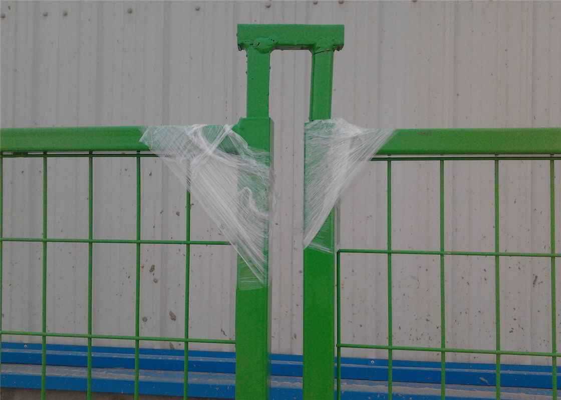 "Canada standard temporary construction fencing panels H 6'/1830mm*L 9'/2740mm Mesh  3""x6"" 75mm x 100mm Powder Coating supplier"