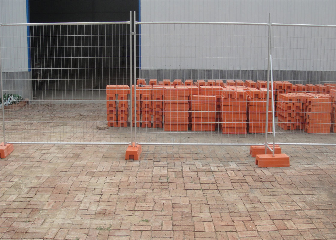 Temporary Fencing for sale ,construction fencing design Australia 2.1mtrs x 2.4mtrs supplier