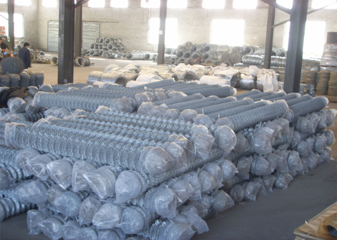 "Zinc coated galvanized steel chain link fence fabric 5/8""x5/8"" 9GA/3.66mm 11GA/2.95mm 4ft x 50ft supplier"