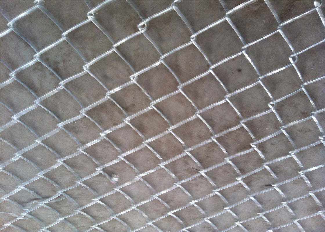 Greening / Residence Safeguard Chain Link Fencing BWG15 BWG14 BWG12 supplier