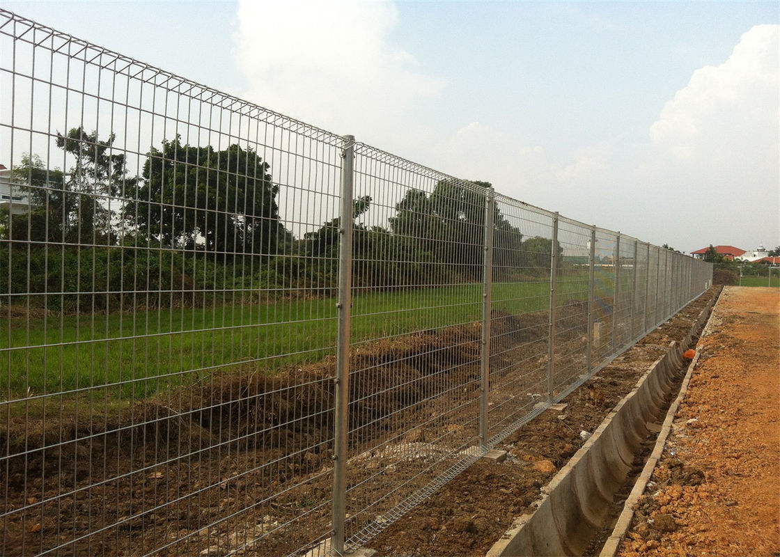 BRC  Wire Mesh Triangle Roll Top Fences supplier