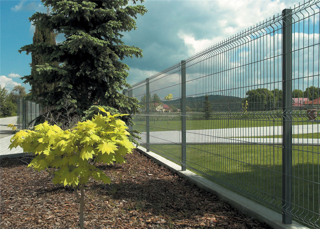 Made in china Carbon Steel barbed airport wire mesh fence for sale factory