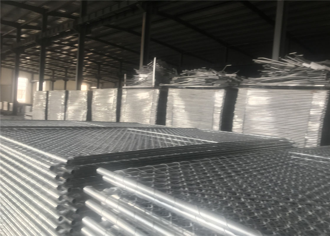 "Chain Wire Temporary Fencing Mesh 2"" x 2"" 6ft x 10ft with a 1 3/8"" pipes 16GA temporary mesh fence for sale supplier"