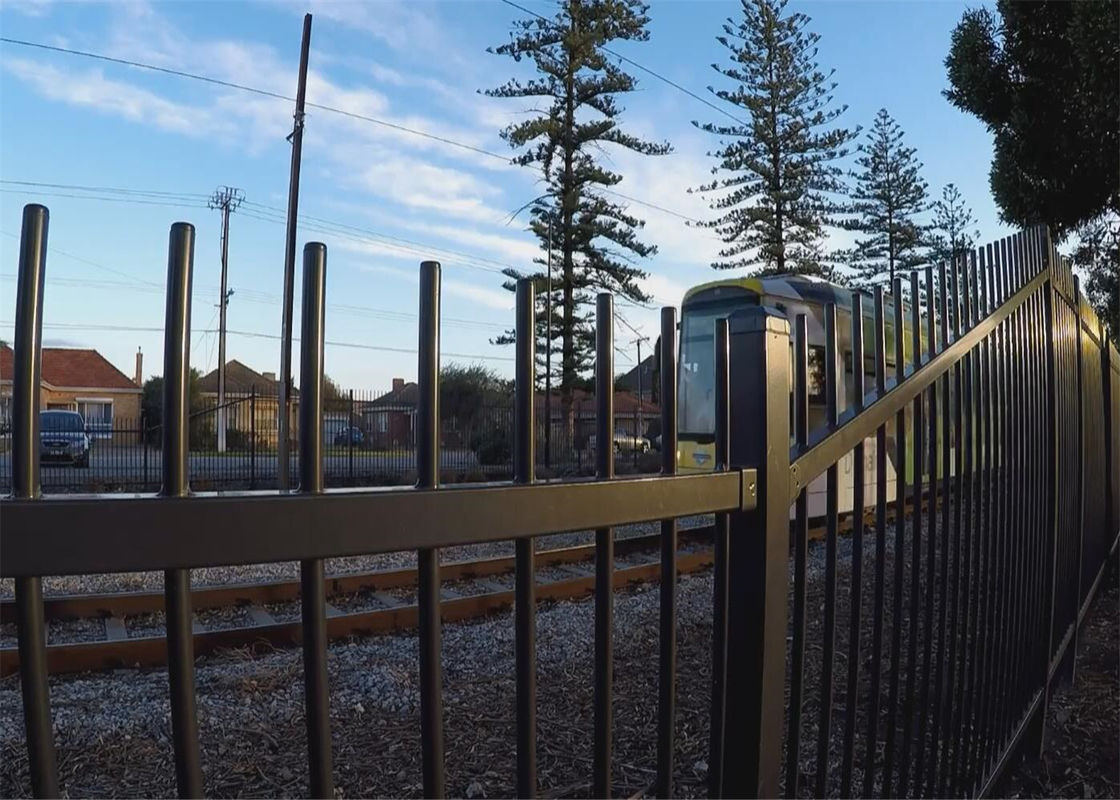 Australia Garrison Fencing Steel Tubular Tube 40mm wall Thick 1.6mm Rails Upright 25mm x 25mm x 1.2mm supplier