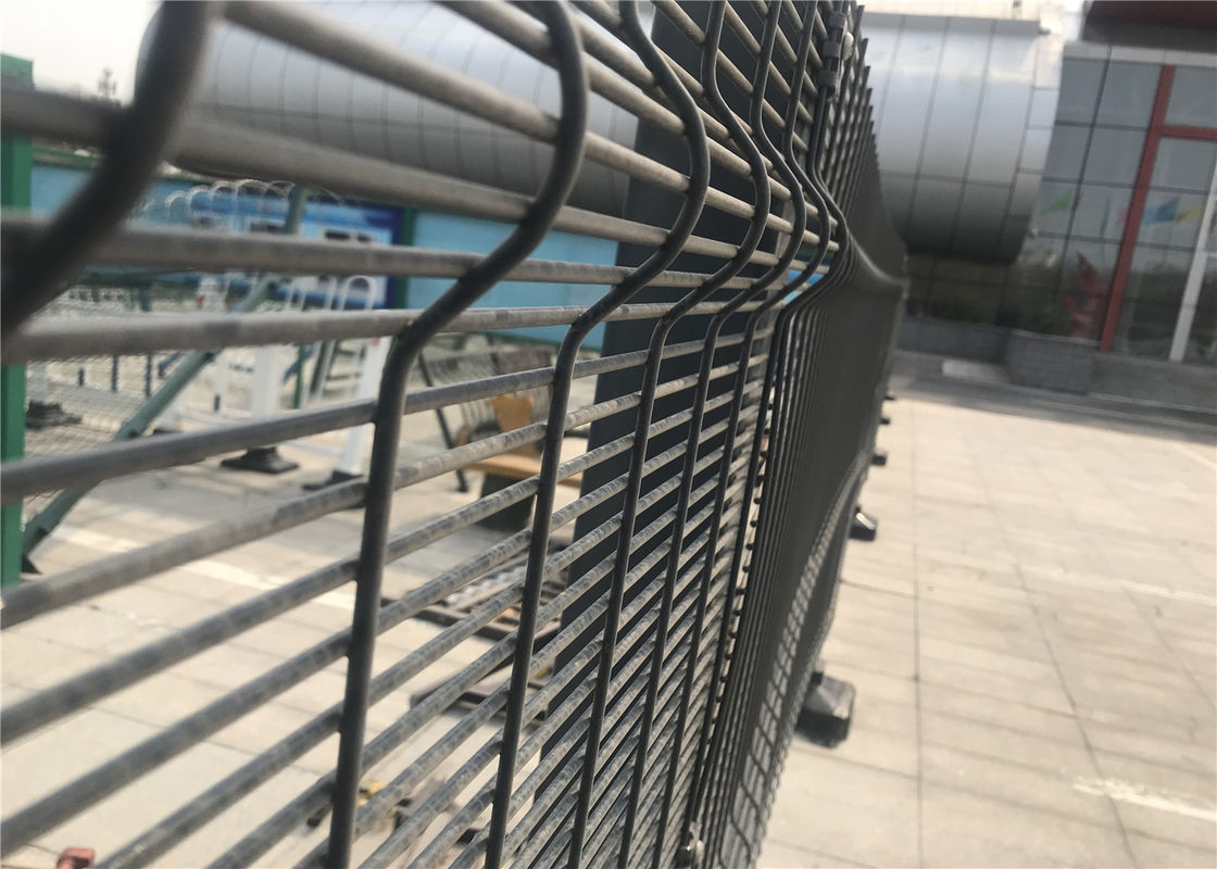 358 wire fence panels /clearvu fencing africa 2200mm*2515mm diameter 4.00mm horizontal wire and 3.00mm wire supplier