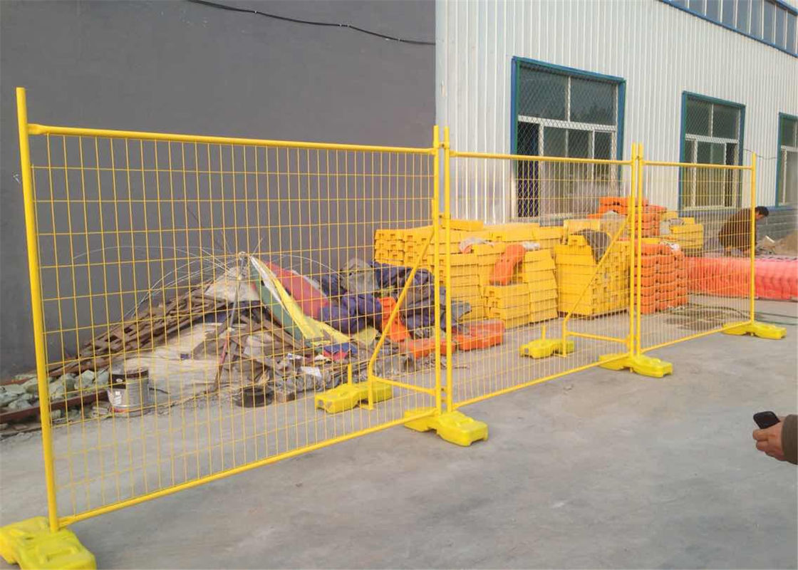 50mm*200mm mesh apertureTemporary Fencing Panels 42 microns hdg plus cold zinc painted at welds AS4687-2007 Standard supplier