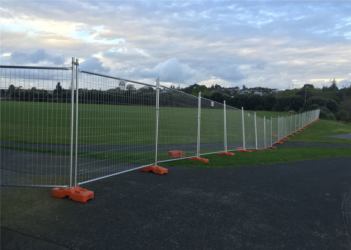 Australia Temporary Fencing Panels 2.1m*2.4m Width OD 32mm wall thickness 1.6mm mesh 60mm*150mm supplier