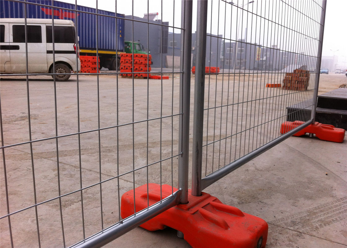 Construction Temp Fence Panels OD 40mm wall thick 1.5mm 2100mm height x width 2400mm Diameter 4.00mm Christchurch CITY