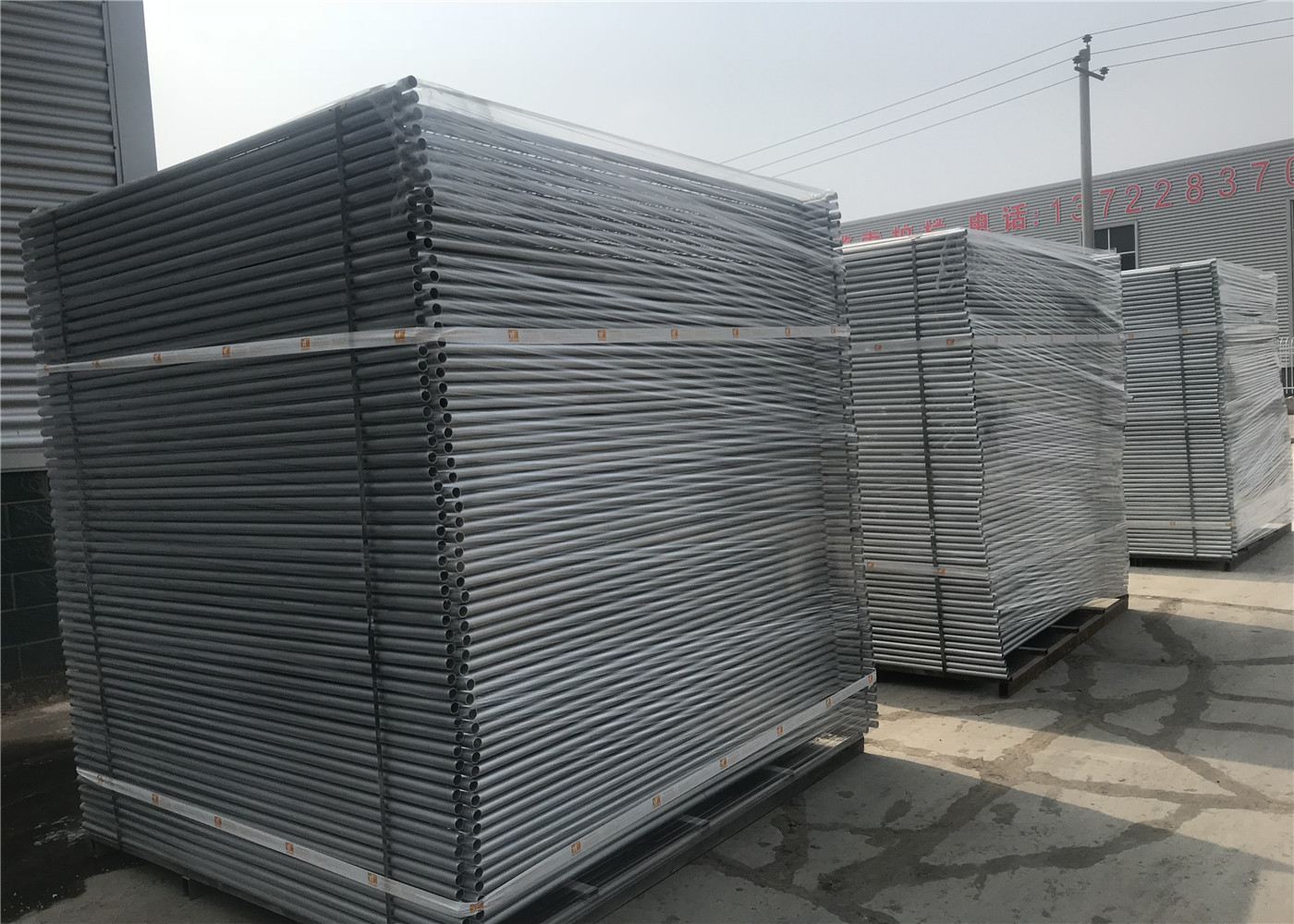 HDPE temporary fencing base 2 1m x 2 4m OD 40mm heaviest duty temporary  fencing panels hot dipped galvanized minimum 42