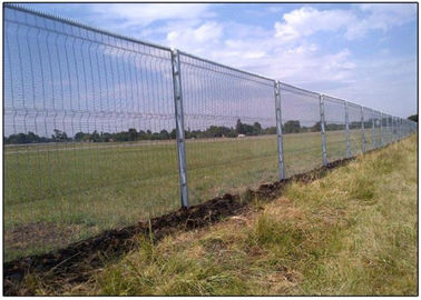 Ultra 358 Vinyl Welded Mesh Security Fencing 4mm 76.2*12.7mm for prisons, airports, laboratories, secure hospitals
