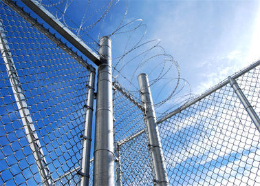 Dipped Galvanized Chain Link Fence With 35-300G per Square Meter Zinc Coating; PVC Coated Chain Link Fence