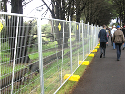 Australia Adeliade AS4687-2007 standard Temporary Fencing Panels 2.1mx2.4m OD32mm wall thick 2.00mm Mesh 60mmx150mm