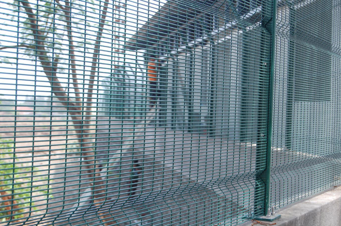 Green Color PVC Coated Welded Wire Mesh Panels/PVC Coated Prison 358 ...