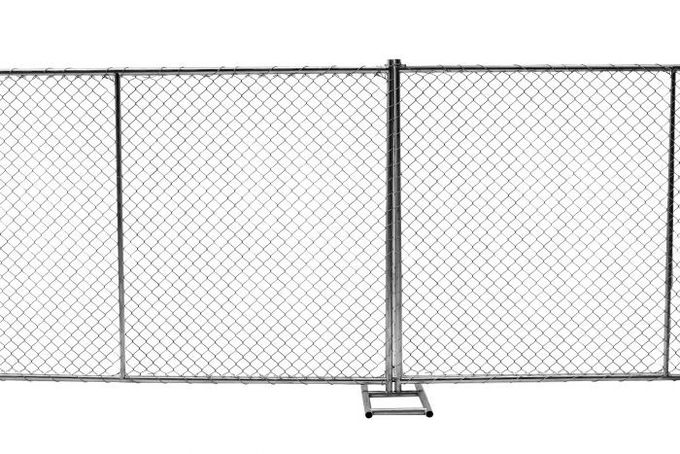 "6 foot x 12 foot chain mesh temporary fence panels mesh  2"" x 2 "" x 11.5 gauge wire chain wire temporary fence"