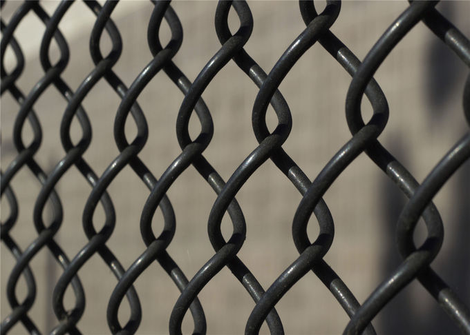 5-foot chain link fabric and 8ft chain link fencing rolls with a 1 inch mesh