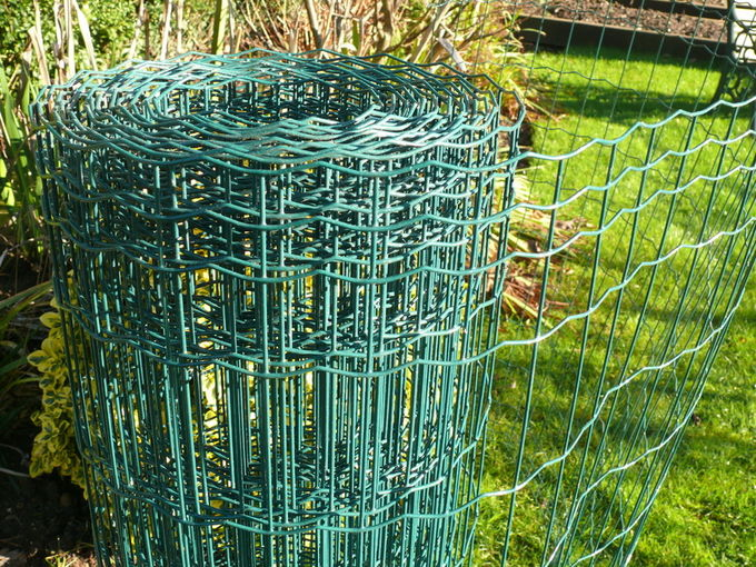 Welded 6ft wire fence Welded Wire Fence, galvanized after welding , optimal protection against rust