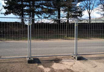 M400 Heras Mobile Temporary Fencing 2.0m Height 2.2m Width