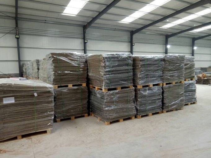Galvanized MIL19 HESCO Barriers