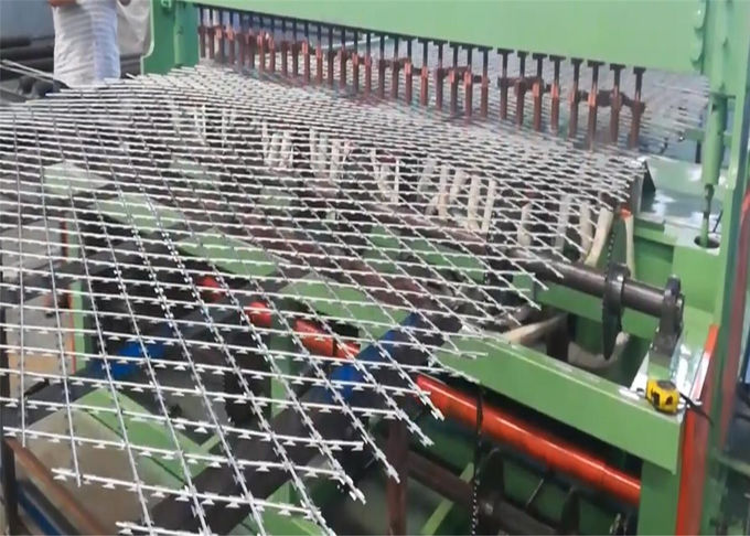 Welded Steel Razor Wire Mesh Panel Fence 75 × 150mm